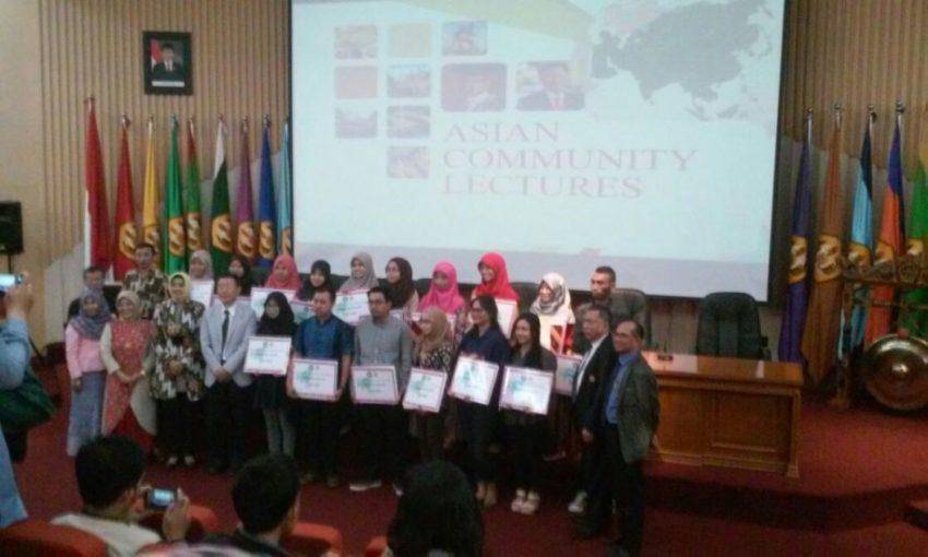 Dua Mahasiswa Biologi Mendapatkan Beasiswa Pendidikan Dari One Asia Foundation